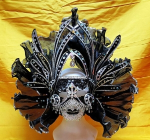H838 The King of Monster Crystal Mask Headdress