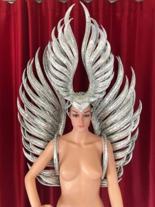 C711R Shining Angel Headdress and Backpack